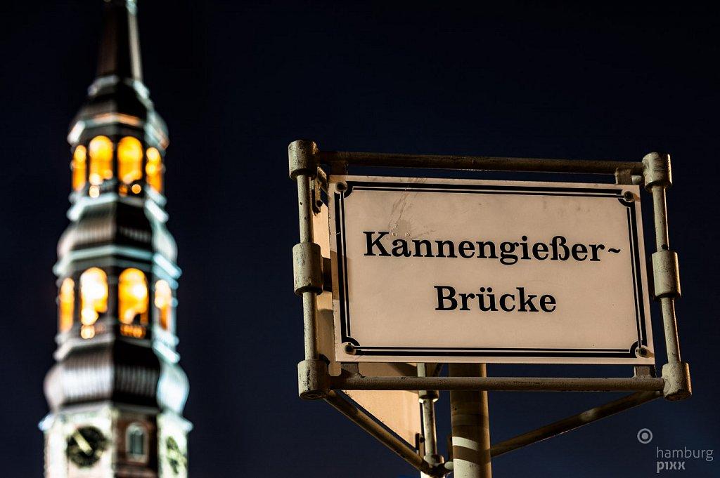 Kannengießer-Brücke und St. Katharinen
